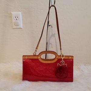 🎀🎈STUNNING🎈🎀 Louis Vuitton Roxbury drive red